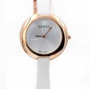 Женские часы Gucci 1c301
